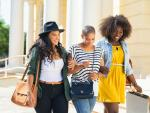 How Frugal Fashionistas Can Stay on Trend