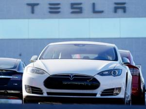 Tesla's Annual Sales Up 36% but Comes Short of Delivery Goal